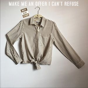 🆕{Madewell} Long Sleeve Tie Front Shirt in Stripe